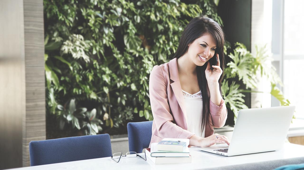 6 profesiones donde las mujeres ganan más que los hombres